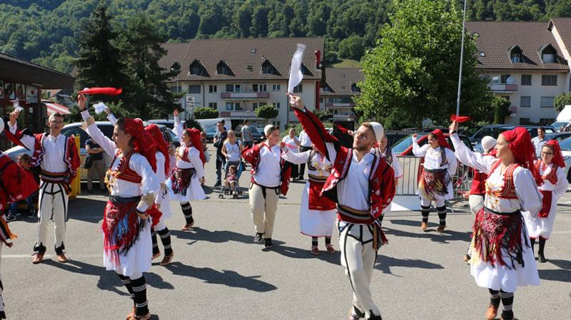 uais tradita shqiptare (3)